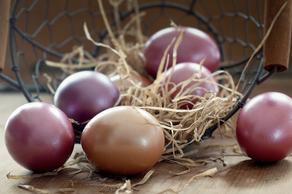 Purple Easter Eggs. Explore Chania in Easter & Spring to experience local traditions